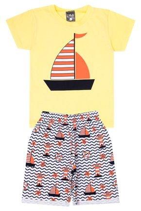 Conjunto Menino de Verão Camiseta Amarela e Bermuda Branco - Ollelê